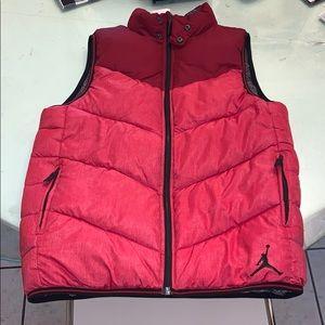 Jordon youth reversible puffer vest NWOT